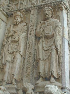 (サン・トロフィーム教会・アルル・仏 左がパウロ。ロマネスクなどの中世... 聖人の石棺:ヨーロ
